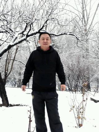 成熟的北京男人照片