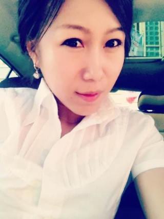服装设计师刘杨