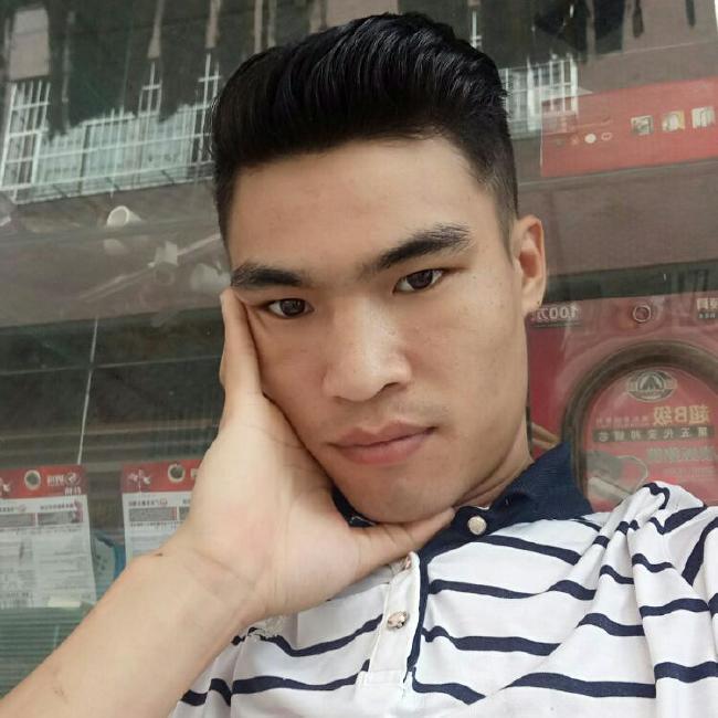 刘庭洪照片